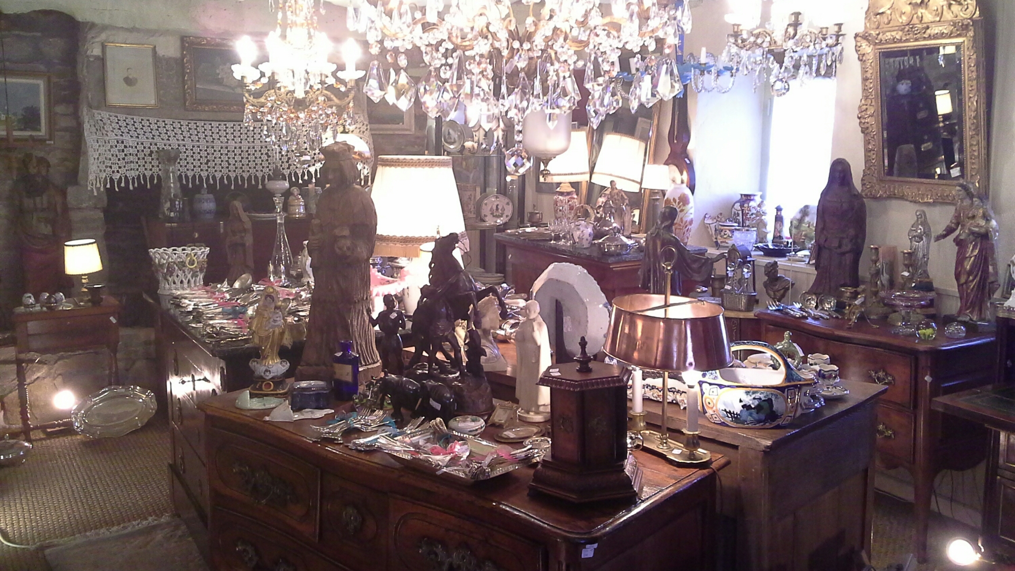 le magasin antiquit s m vel. Black Bedroom Furniture Sets. Home Design Ideas